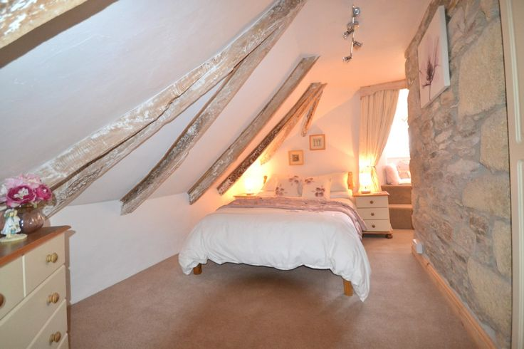 100 best attic rooms and loft conversions images on for Houses for sale with attic room
