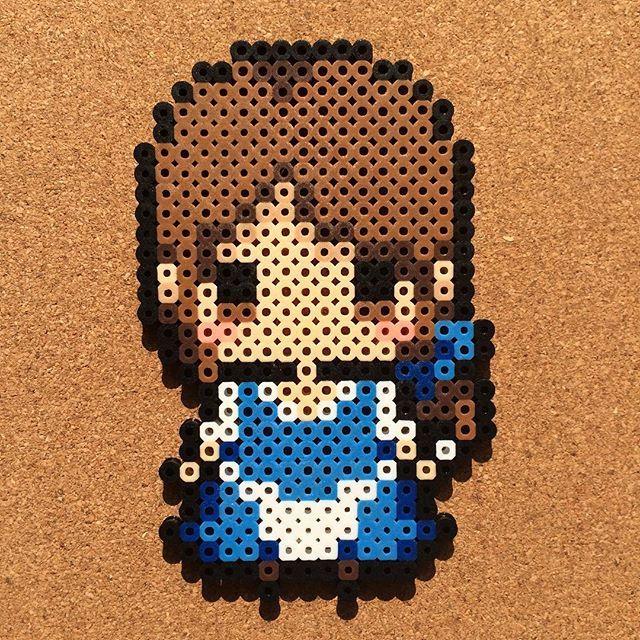 Bella hecha de hama beads                                                                                                                                                                                 Más