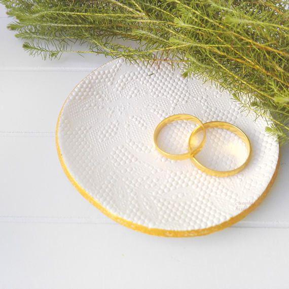 Plato Encaje. Plato anillo personalizado plato dama honor
