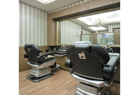 Yeoksam Artnouveau City has a sauna and a fitness facility. This 4.5 star Seoul property features massage and treatment rooms and a hair salon.
