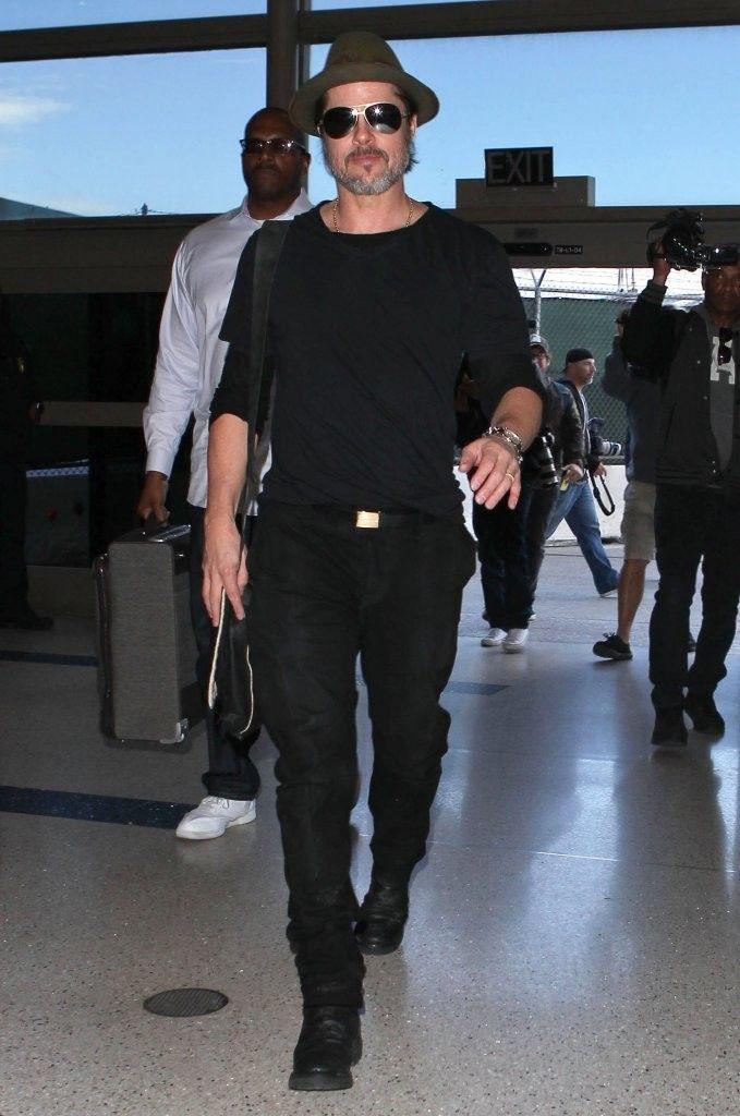 Brad Pitt 2015 Havaalanı Style Seyahat Tarzı: Brad Pitt, Luke Evans & Nick Jonas