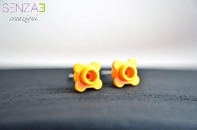 Orecchini L'ego fiorito arancio chiaro
