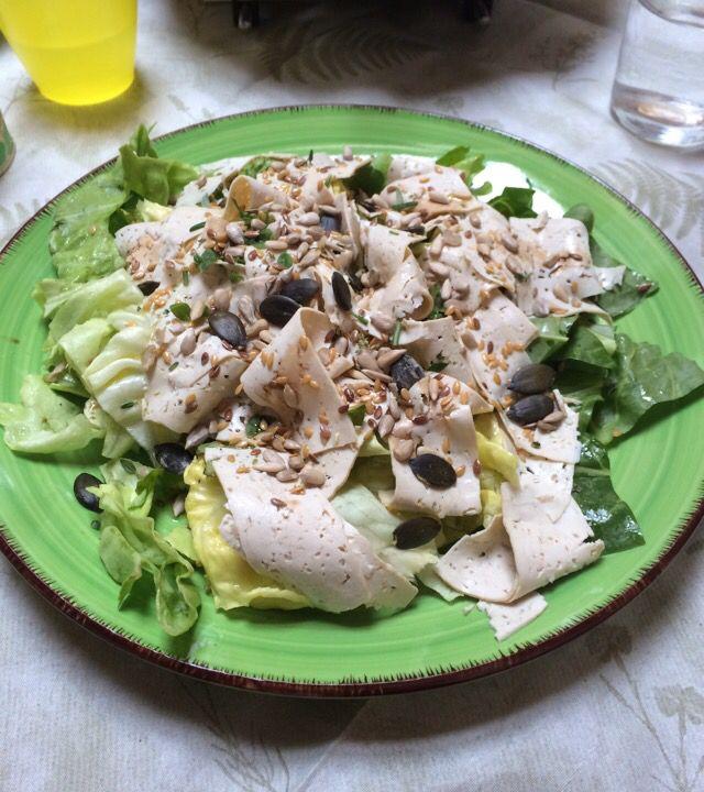 Se fa caldo non esitare: Carpaccio di Tofu in insalata croccante
