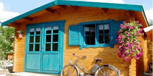 Nice and warm wooden house :-)