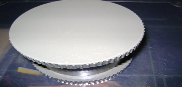 Za pomocą kruszarki do kulek czy też pelletu bez problemu pokruszymy zanętę, którą podamy w materiałach PVA. http://karpiarstwo.pl/kruszarka-do-kulek-i-pelletow/