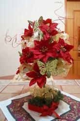 Centros de mesa y recuerdos en flores artificiales, toalla y jabones, para eventos de XV años, boda, fiesta, bautizo o baby shower, con ramos y tocados para vestidos   El Árbol de Organza