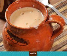 Te presentamos cómo hacer atole de avena casero, te divertirás en familia y se acompaña de maravilla con nuestro panqué de naranja.   Ingredientes: ● 1 taza de Avena molida o triturada  ● 1 taza de Azucar (al gusto)  ● 1 1/2 litro de Leche  ● 1 raja de canela  ● Pasitas o nuez molida al gusto  Preparación:  Pon a hervir en un recipiente la leche, la avena, canela y azúcar entre 7 y 10 minutos, si se espesa agrega mas leche, una vez que hierve, se sirve y agrega canela en polvo al gusto.