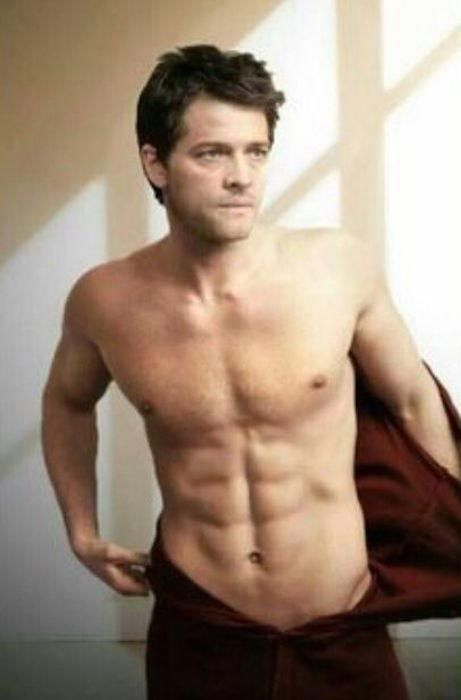 Misha Collins shirtless body showing his 6 pack abs...