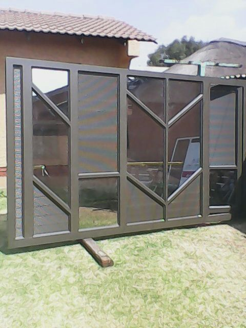 At Alfab Industrial Group (Pty) Ltd we manufacture unparalleled quality aluminium products – windows, doors, garage doors, gates and shopfronts…..