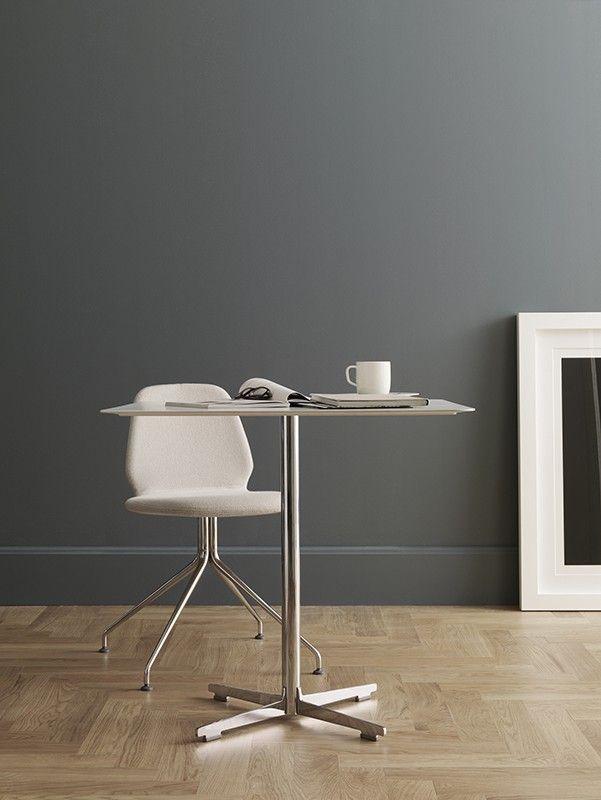 Cross #Table by @aliasdesign , design by Alfredo #Häberli