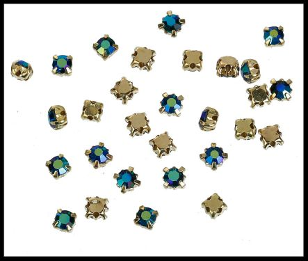 15 strass sertis bleu AB et métal doré 4 mm / strass à coudre