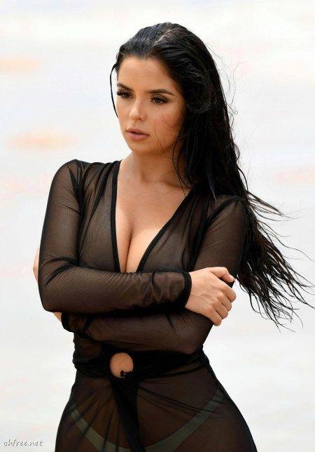 Lesbian boobs pics