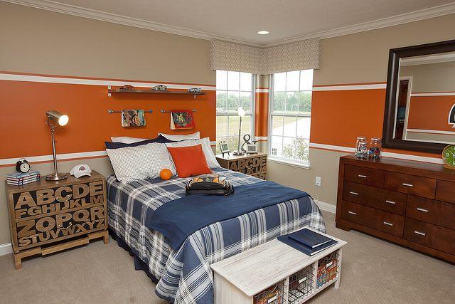 Red Stripe & Gray Walls for Buckeye Room
