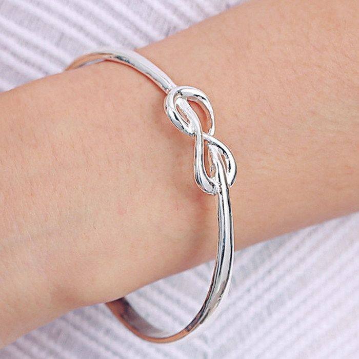 https://www.danyshopdepot.com/product/infinity-loop-bracelet-everlasting-engraved/
