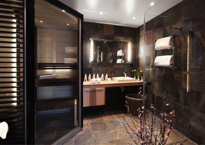 En snygg skiffernyhet! Natursten skiffer brunflammig 30x30 cm | Stonefactory.se 595:-/m2 med fraktfri hemleverans