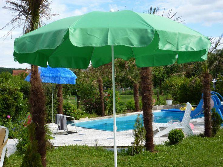Sonnenschirm mit Knicker Rund 250 cm MAIGRÜN NEU