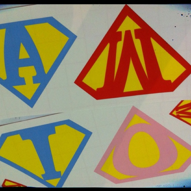 Choose your custom logo with your initial and colors .. Great for making your own superman party favors http://etsy.me/xjltjU