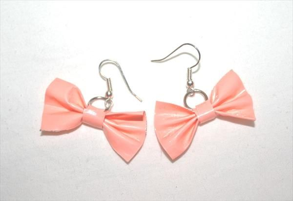 DIY Soft Peach Duct Tape Bow Earrings | 101 Duct Tape Crafts