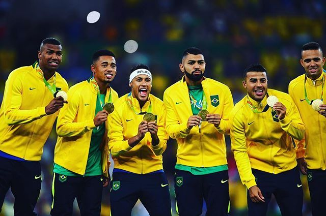 ICYMI: History was made last night in the #Maracana stadium in #riodejaneiro. Despite winning the #WorldCup 5 times, #Brazil had never won #gold at the #Olympics. They have now, with @neymarjr scoring a glorious free-kick, before netting the winning penalty in a shoot-out. Parabens!