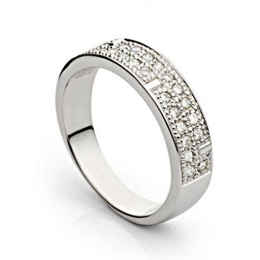 Кольцо золотое дорожка с бриллиантами