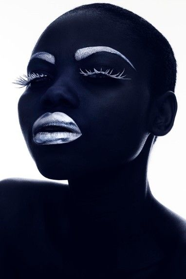 Portrait - Glamour - Photography - Black and White - Silver Lips - ☯ www.pinterest.com/WhoLoves/Black-White ☯ #black #white #art