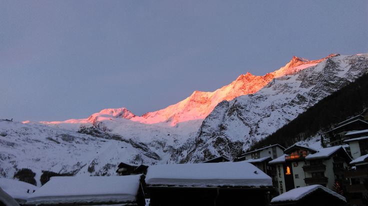 Sunset in Saas-Fee Switzerland [OC] [4224x2368]