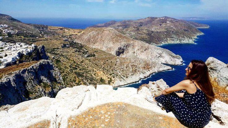 """25 """"Μου αρέσει!"""", 3 σχόλια - Irena World Traveller 🌎✈️ (@irena.traveller) στο Instagram: """"📍Chora - Folegandros island in Greece . . . . . #greece #igers #r4r #traveller #Irena🦄 #travelling…"""""""