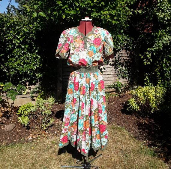 Diane Freis Dress Vintage Diane Freis 80 S Dress Summer Dress Floral Dress Designer Vintag In 2020 Floral Dress Design Vintage Dresses Floral Dress Summer