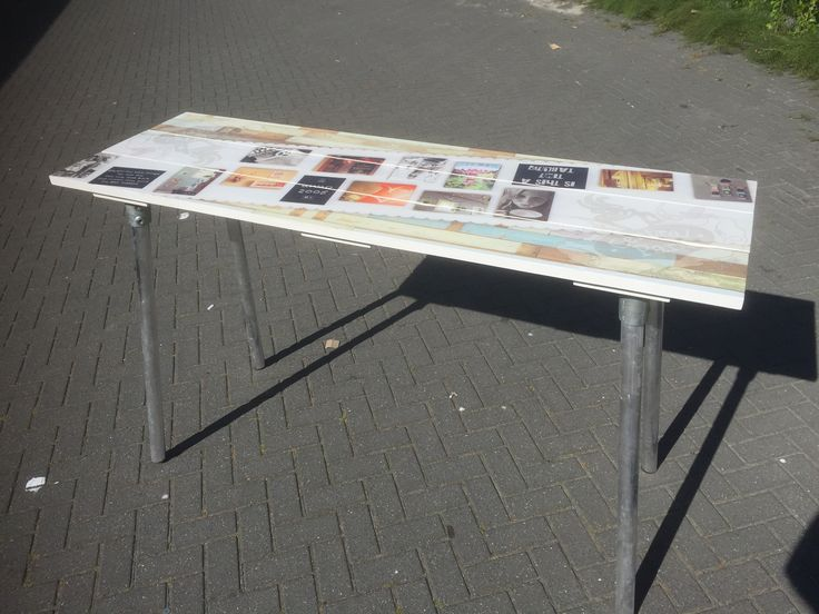 Smalle hoge tafel mét opvallende & relevante print op de stand? Astu, dé oplossing. #standbouw #beurs