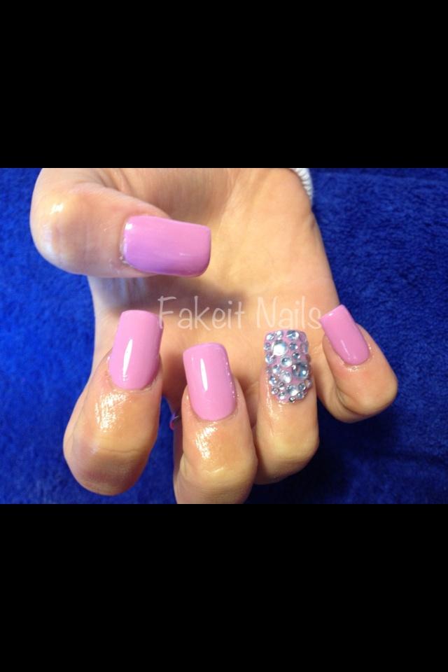 Attractive Diamond Full Set Nails Model - Nail Paint Design Ideas ...