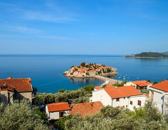 Montenegro (Crowded Neighbor: Croatia) | 5 Countries That Are Great Alternatives To Their Crowded Neighbors | Gadling.com