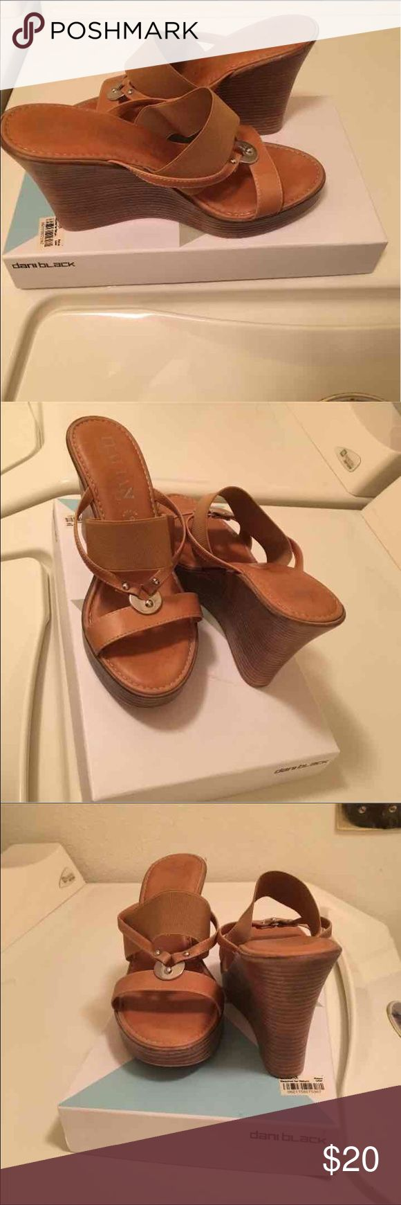 Brown sandals In very good condition Italian shoe makers Shoes