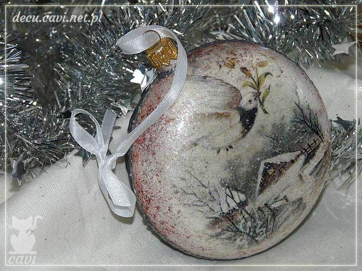 Bombka medalion, konturówka i miki z zimowym widoczkiem