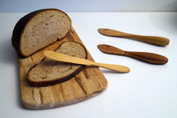 Handcarved spreading knives Swedish Vintage Wood Butter Knife Set of 3 Vintage Knives Scandinavian Hand Carved Wooden Knife (13.23 EUR) by vintagdesign