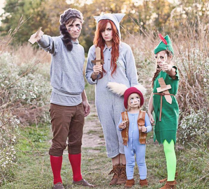 Last Minute DIY Family Halloween Costumes
