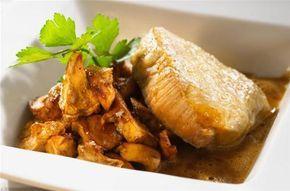 Filet mignon de veau en croûte de comté aux champignons des bois Read more at http://cuisine.notrefamille.com/recettes-cuisine/filet-mignon-de-veau-en-croute-de-comte-aux-champignons-des-bois-_4394-r.html#laPrlzfuqQcAcxUF.99