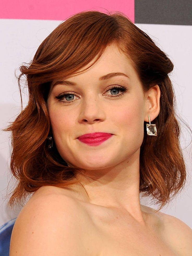 Jane Levy is so cute. Love her red hair and blue eyes.