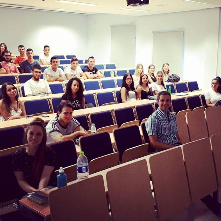 1η μέρα ενημέρωσης νεοεισερχόμενων φοιτητών για το Γραφείο Περιβαλλοντικής Πολιτικής του Τεχνολογικού Πανεπιστημίου Κύπρου μέσα στα πλαίσια της εβδομάδας εισαγωγής. ________________________________ #greenatcut @greenatcut #cyunitech @cyprusuniversitytechnology
