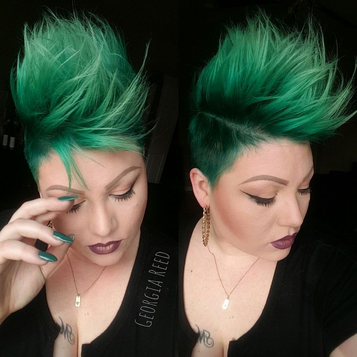 Loving this Emerald green hair color and mohawk girlhawk ...