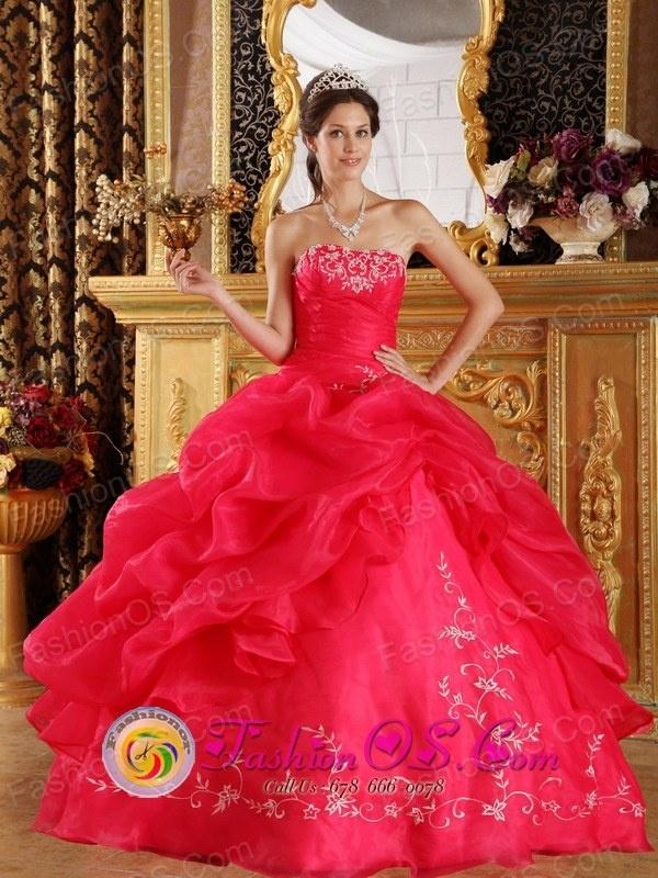 http://www.fashionor.com/The-Most-Popular-Quinceanera-Dresses-c-37.html  Chiffon La quinceanera gowns Dancing For Convertible dresses  Chiffon La quinceanera gowns Dancing For Convertible dresses  Chiffon La quinceanera gowns Dancing For Convertible dresses
