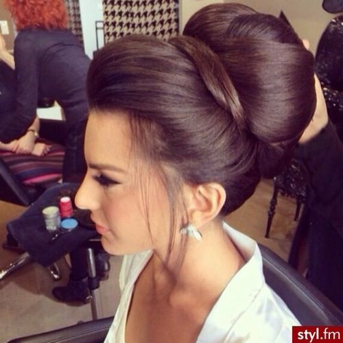love the volume in this high bridal bun updo! ~  we ❤ this! moncheribridals.com