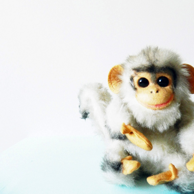 vintage '60s Poseable Monkey. #cute