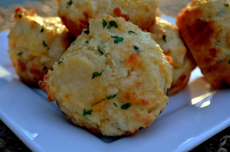 Garlic Cheddar Biscuits | Food | Pinterest