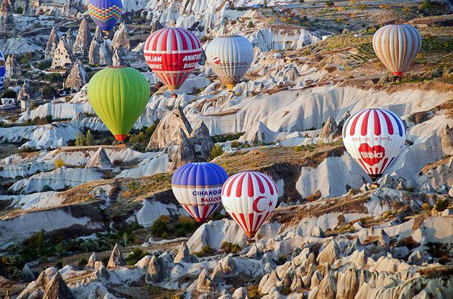 Balões na Capadocia                                                                                                                                                     Mais