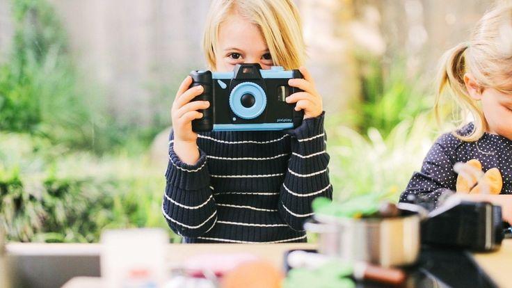 Du smartphone au photophone, il n'y a qu'un pas… Conçu pour transformer tous les smartphones, même les plus anciens (surtout ceux là, en fait, ndlr) en appareils photo haut de…