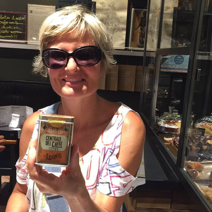 Centrale del Caffè con Pastiglie Leone... un souvenir che arriverà in Francia!