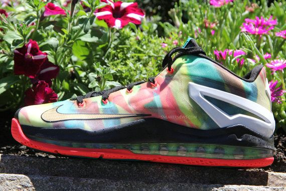 new arrival d6347 6288a Nike LeBron 11 Low Elite SE Champ Pack Multi color Metallic Gold Muti color