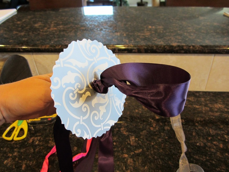 how to make a bow for a bouquet