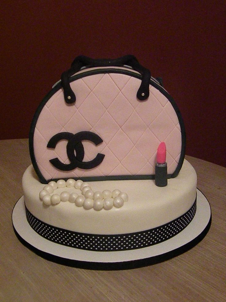 Pink & Black Chanel purse cake - my first purse cake!