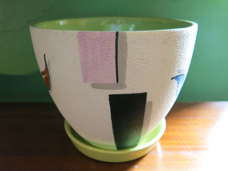 Diana Australian pottery planter pot with the all important saucer!